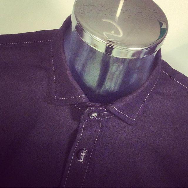 Måttbeställd och all arbete utförd i studion. Svart linne/bomull med silvergrå detaljsömmar. Vardagskläder  välkommen till Din Skräddare i Helsingborg