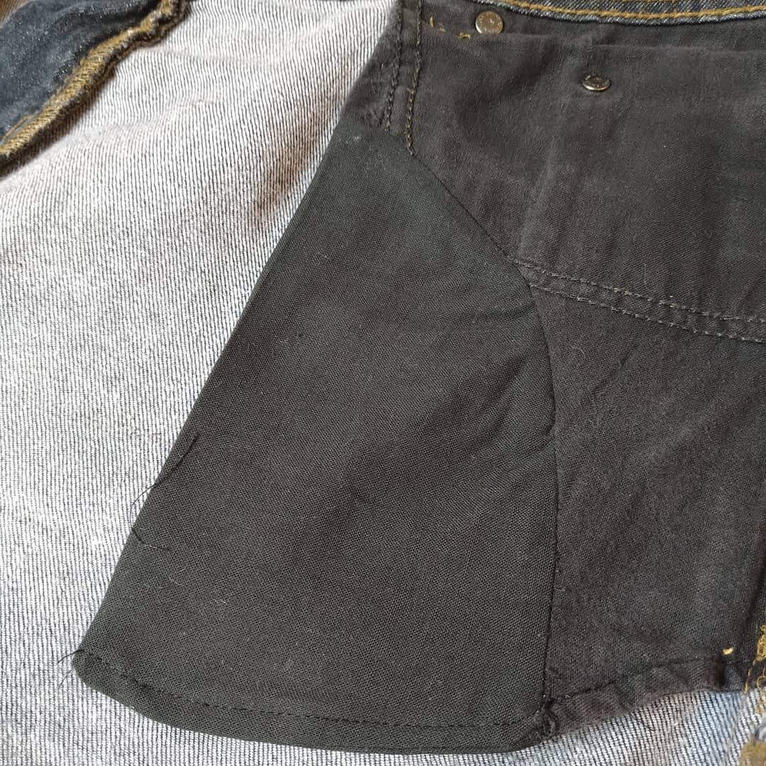 Byte av fickfoder på jeans förlänger livet på dina favoriter. Välkommen till Ateljé Sari. Din Skräddare i Helsingborg