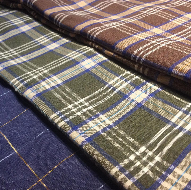 Sugen på lite varma skjortor? Acorn Fabrics erbjuder FIFE Brushed Cotton här i 18 Navy främst och så följer 16 Green och 16 Brown. Passar även till sköna pyjamas när man nu ändå kanske myser i soffan en hel del denna i vinter? Finns i många fler design och färger.Välkommen att bekanta dig med nyheter. Din Skräddare i Helsingborg.