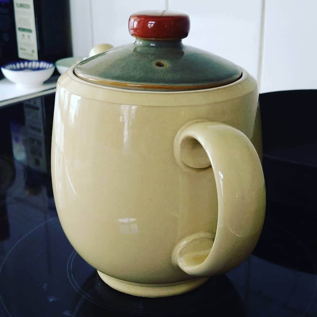 Still around this wonderful gift from Debenhams Iceland... Some 15 years later in use. Denby is my favourite ️