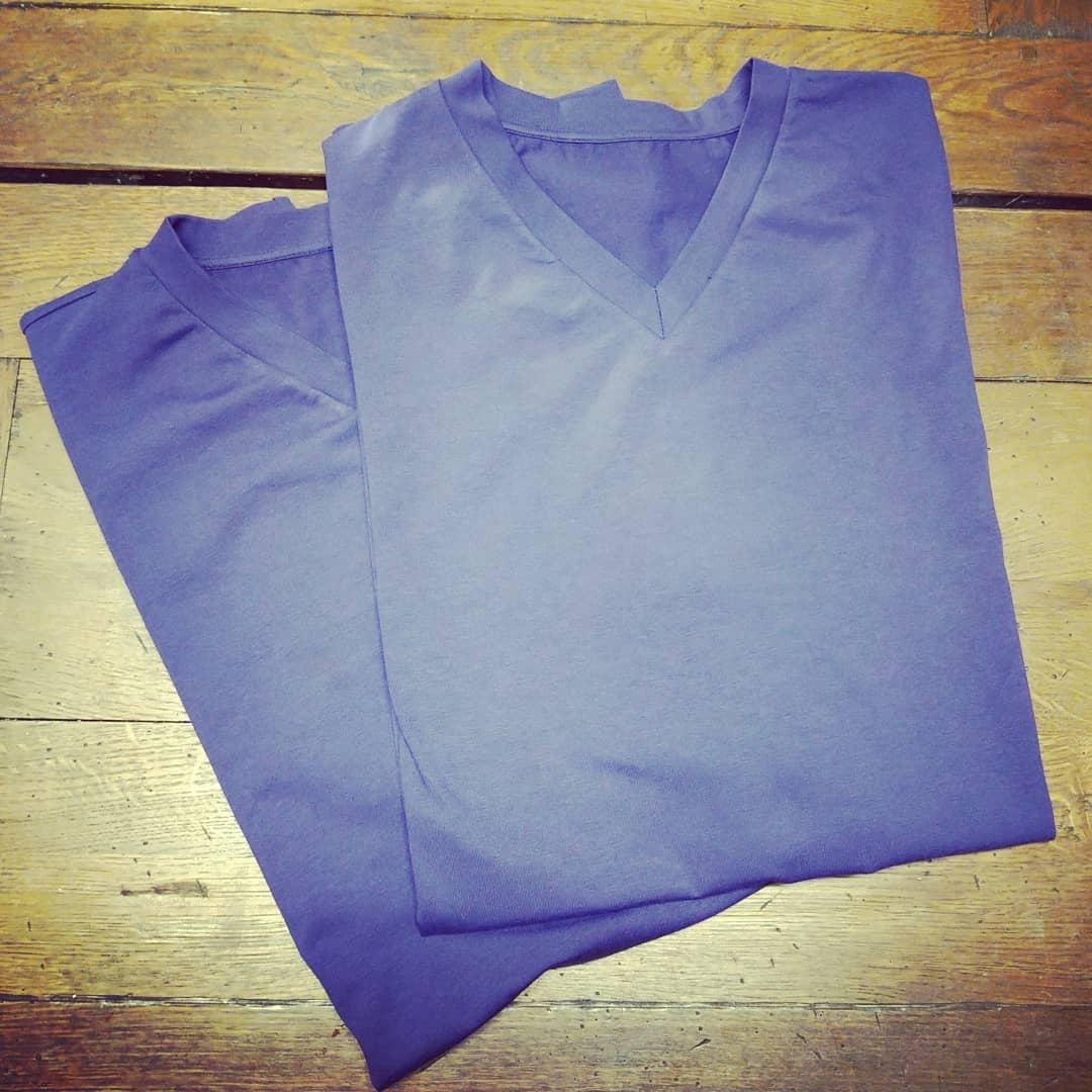 T-shirt är ett plagg de flesta äger i en eller flera färger. Ekologisk bomull. Din Skräddare i Helsingborg